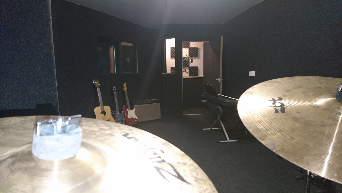 Music Studio Folkestone - Technical Finger Music Producer